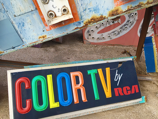RCA color tv sign